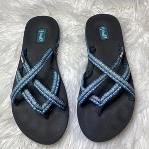 Teva flip fops blue 7